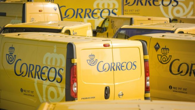Correos: Perdidas millonarias, subidas de sueldo y paquetes a precio regalado para Amazon y Alibaba