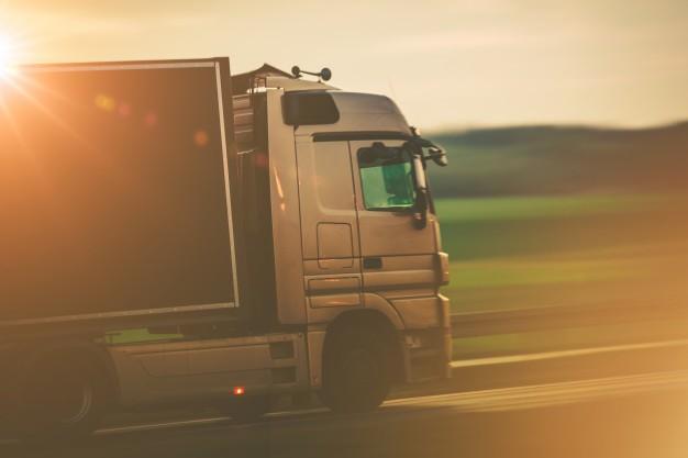 Claves para la elección del medio de transporte en función del tipo de mercancía