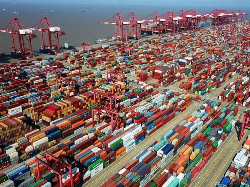 China se empieza a mover en la crisis del transporte marítimo