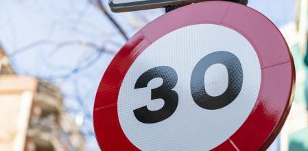 Como afectan los nuevos límites de velocidad en la ciudad al transporte